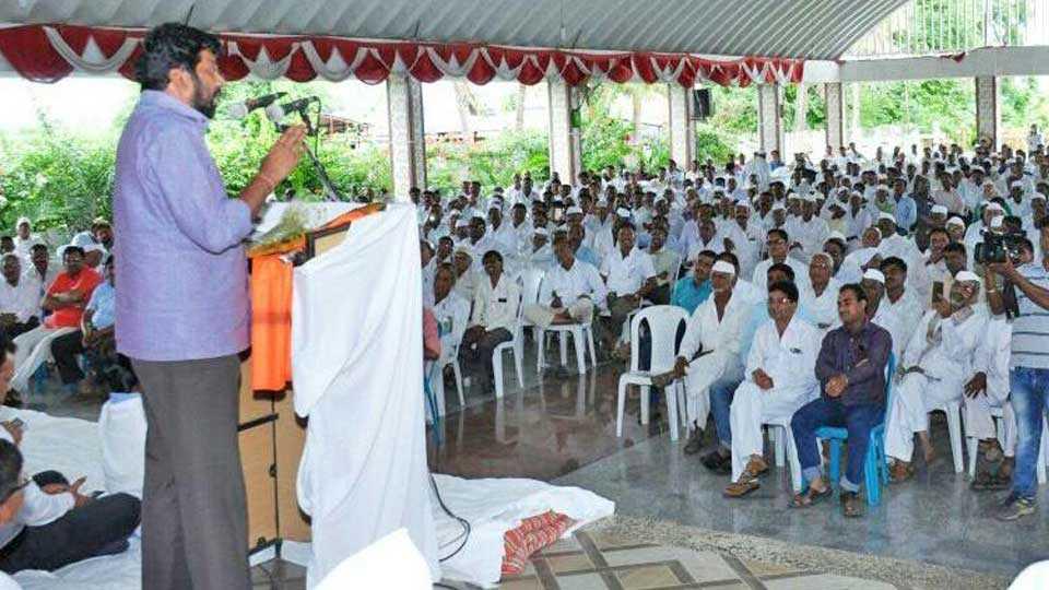 MLA bachu kadu marathi news sakal news