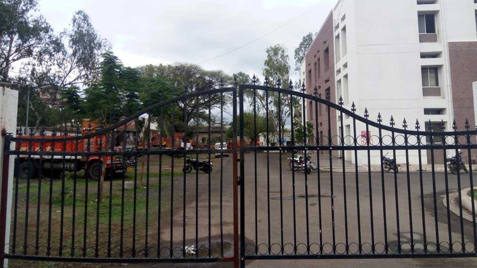 Notice to talathi in case of truck theft case