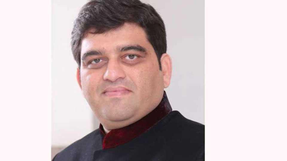 harshawardhan jadhav criticise on cm fadanvis