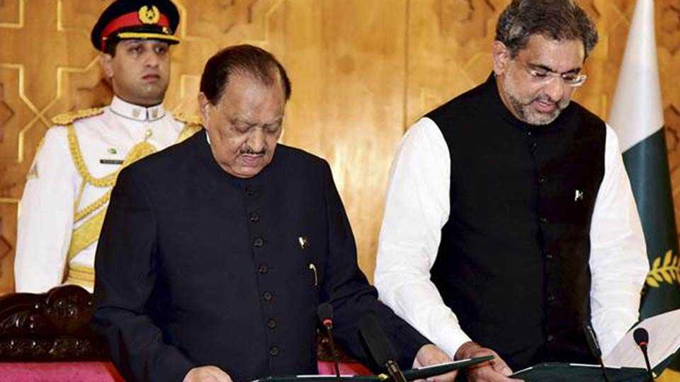 Darshan Lal becomes first Hindu to become Pakistan cabinet minister in 20 years