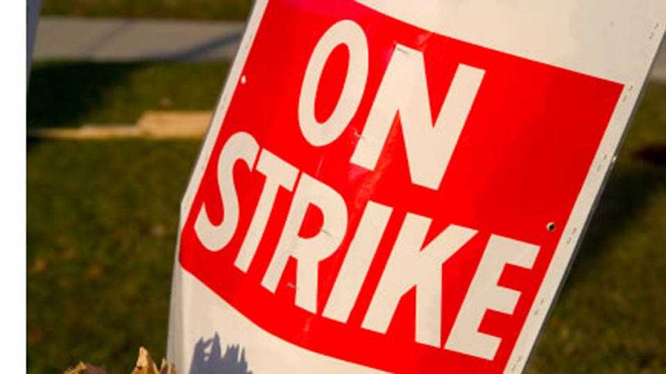 bank on strike