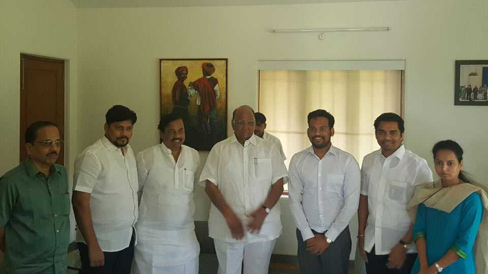 sharad pawar solve disputes between tatkare brothers