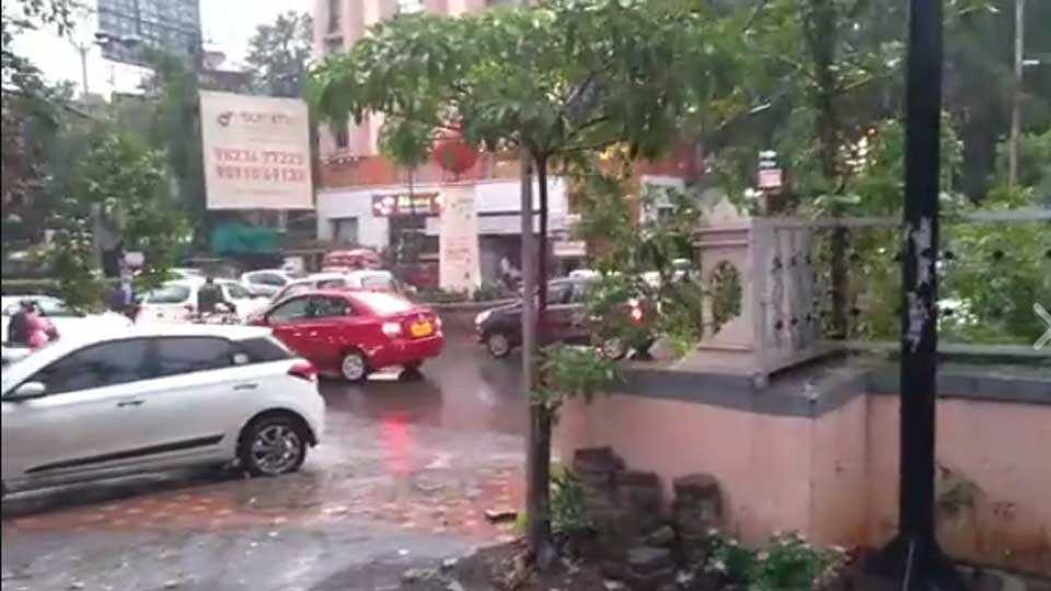 pune news pune city news traffic jam issue rain monsoon