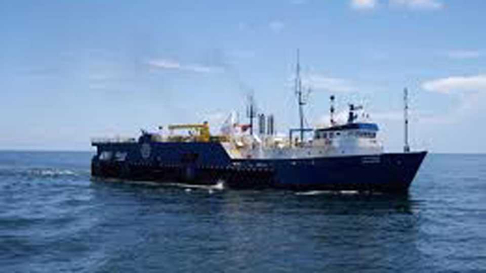China war Ships India says Happy Ending