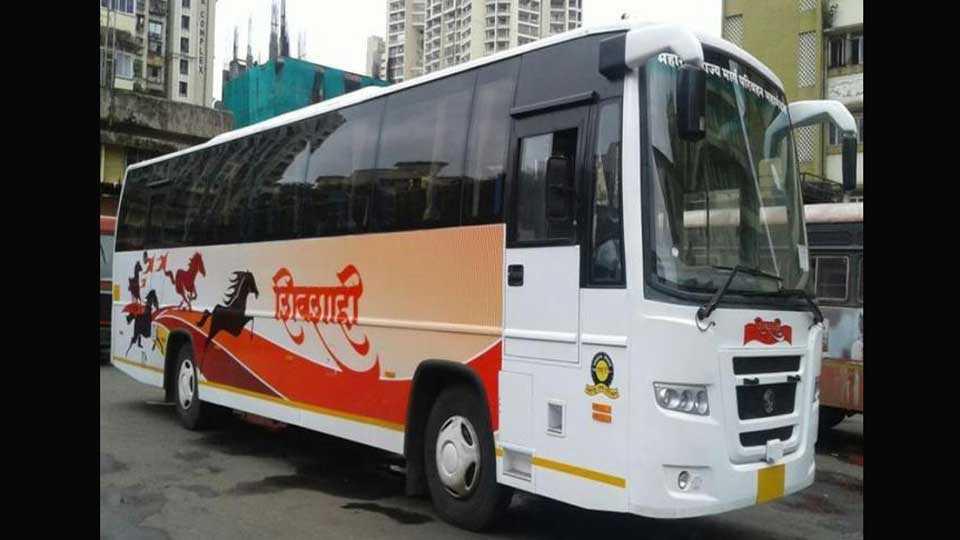 Shivshahi Shayanan Bus Service on Mumbai Akkalkot Road