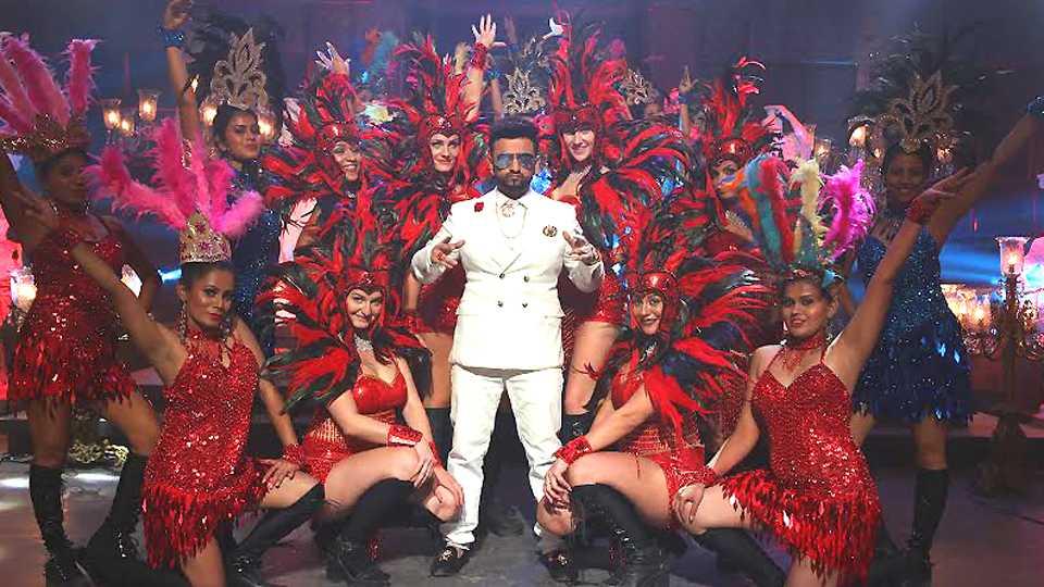 "Shreyas Jadhav""s new song fakaat party"