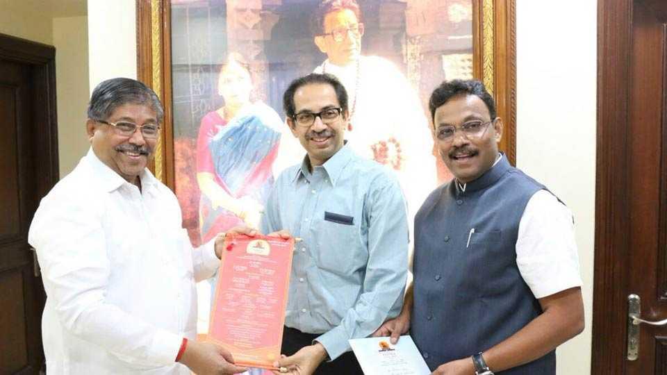 uddhav thackeray accepts invitation