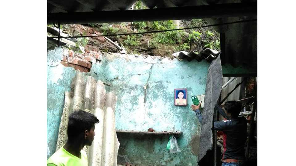 Mumbai news wall collapse in kalwa