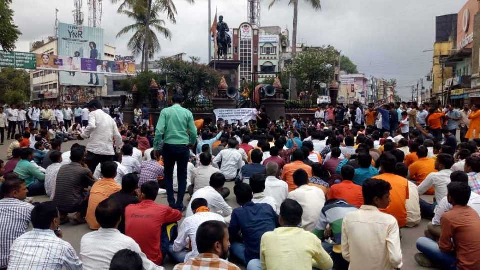 Maratha Kranti Morcha : Shivaji Maharaj statue became the center of protest