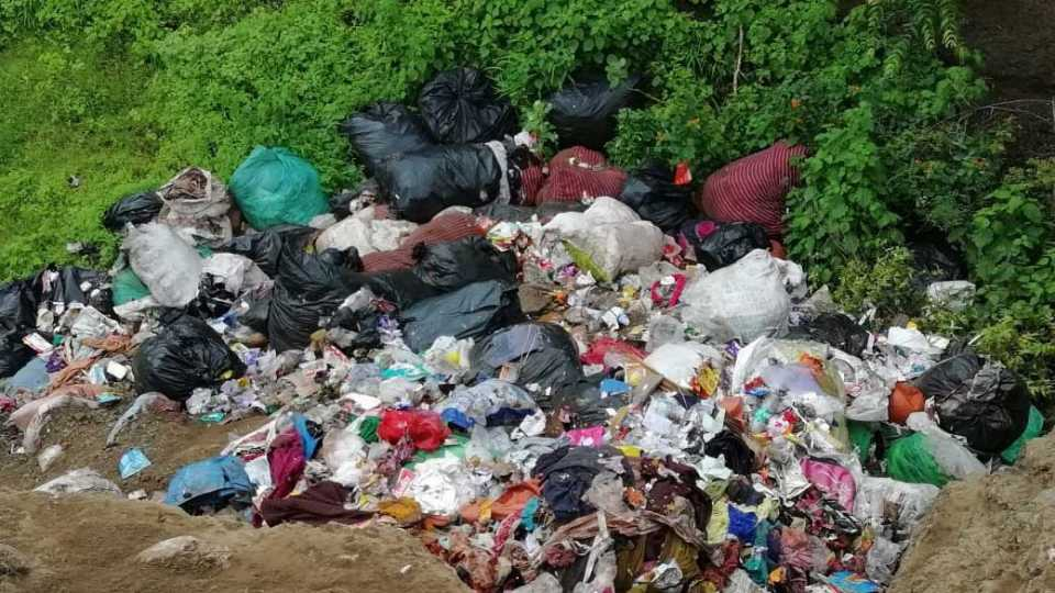 one truck Plastic waste thrown in kavthe