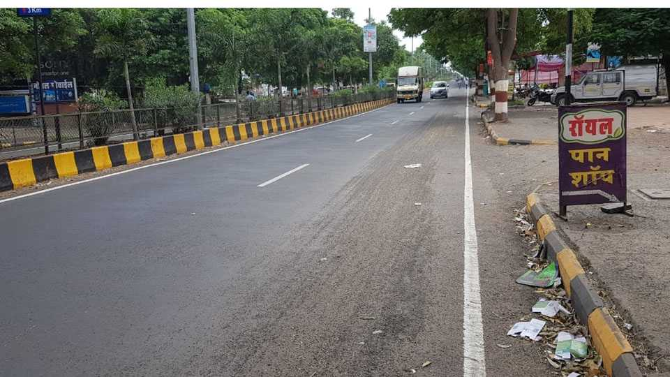 Road work in Baramati has not been properly organized