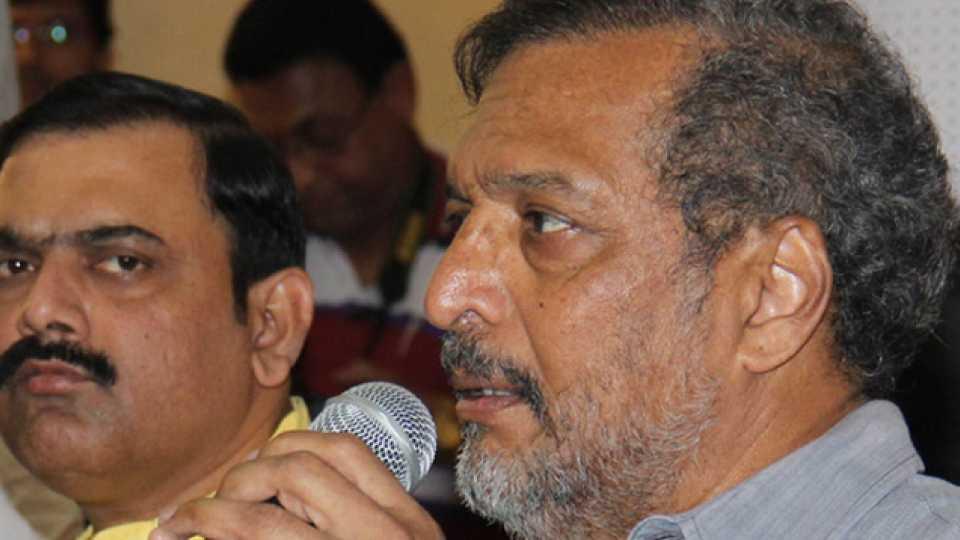 Nana Patekar, Makrand Anaspure