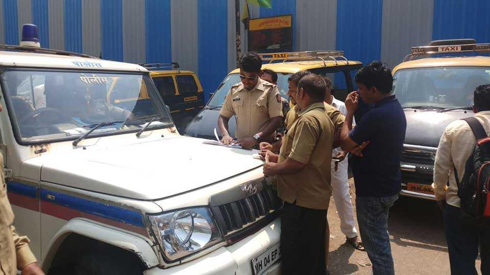 marathi news mumbai kalyan rikshaw illegal parking traffic police