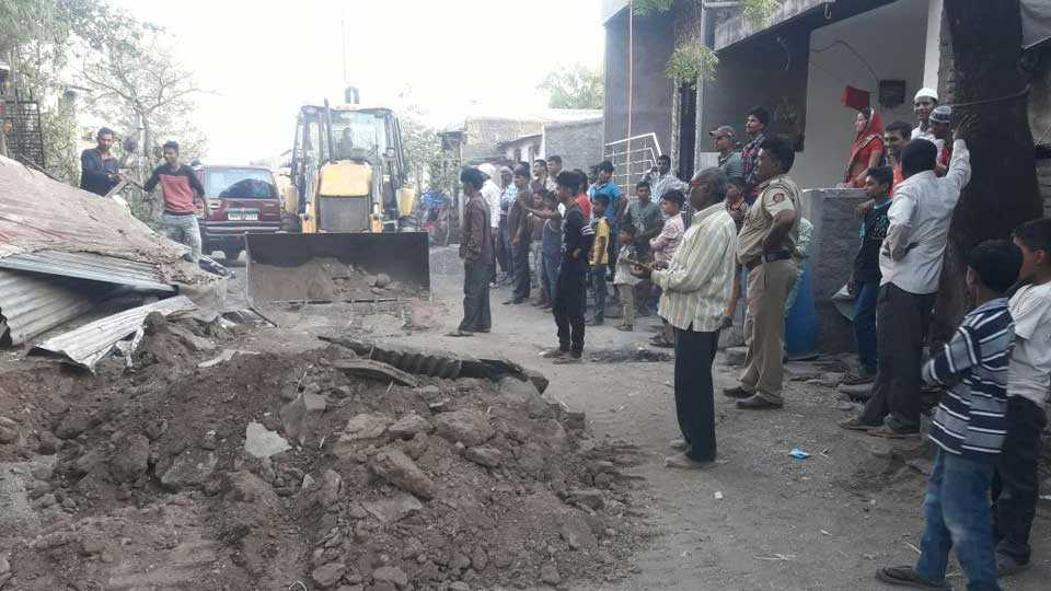 Mehunabare G.P. started the encroachment eradication campaign