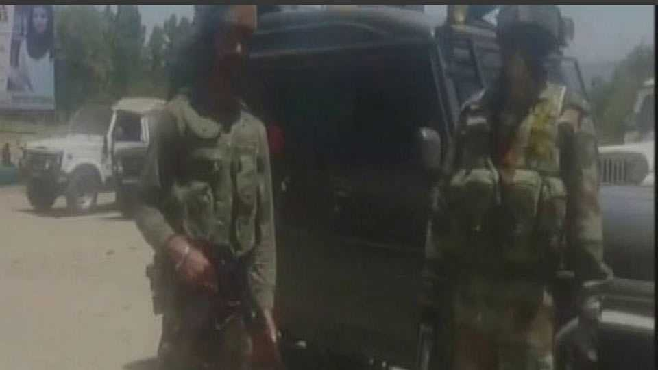 Army convoy attacked by militants in J&K's Kulgam, one jawan killed