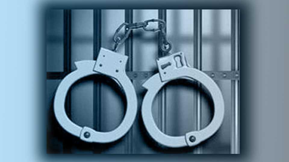 Salman's fans arrested mobile thief