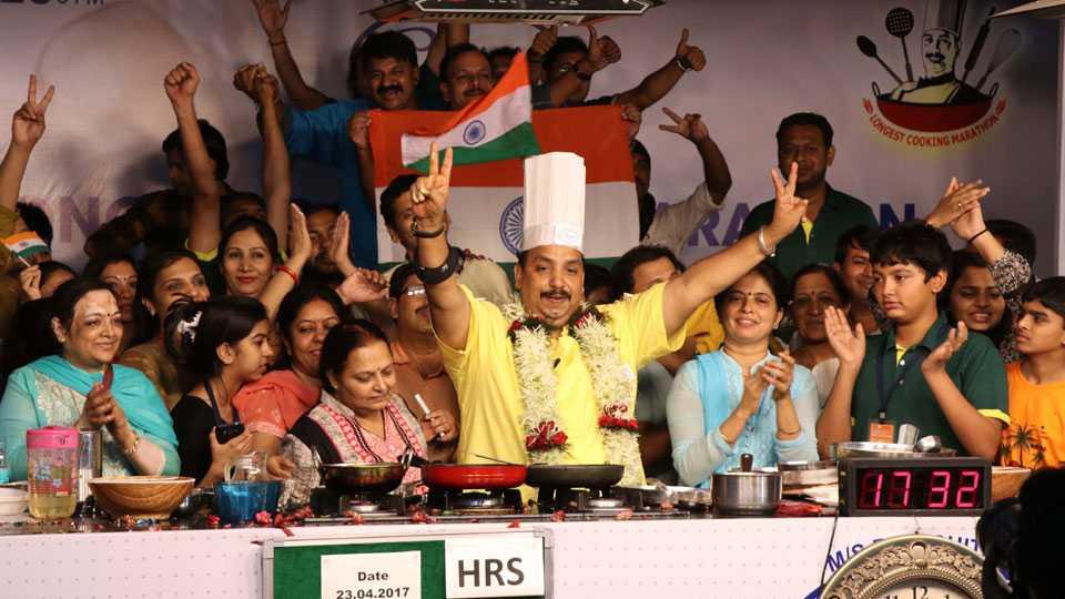 Vishnu Manohar's 53 hours world-famous cooking marathon