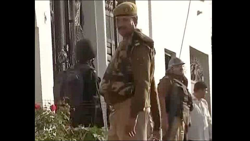 Alleged Terrorist On Lucknow Outskirts Refuses To Surrender