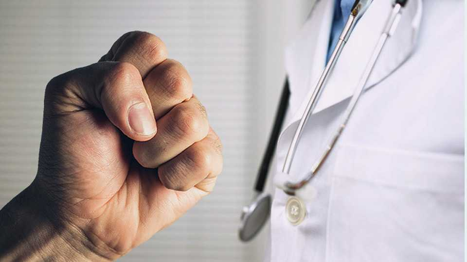 Shailesh Pande writes about doctors attack