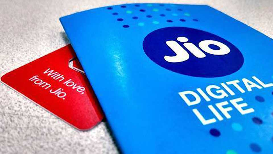 JioFiber to offer 100GB data at Rs 500 this Diwali