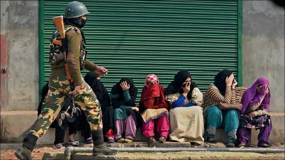 curfew continue in jammu-kashmir