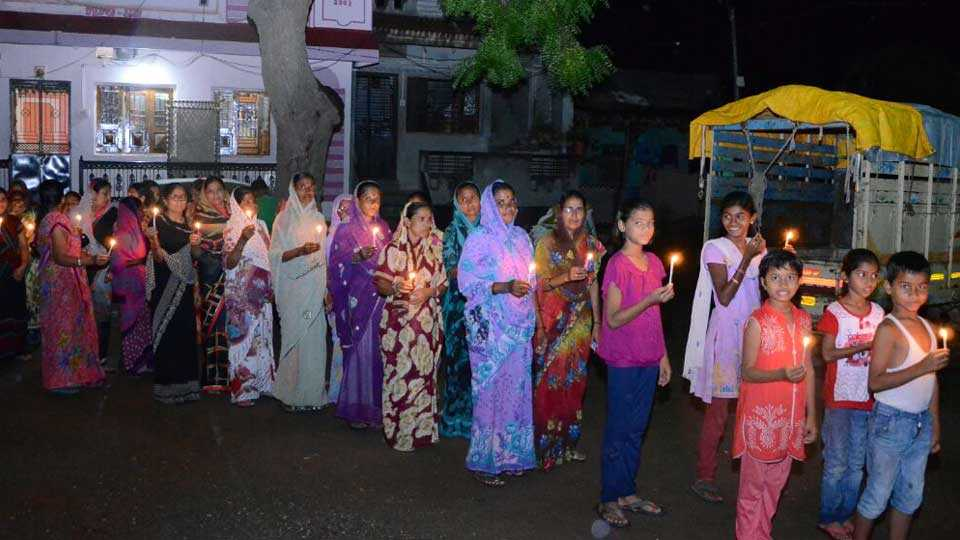 marathi news tanishka news kopardi issue sakal news