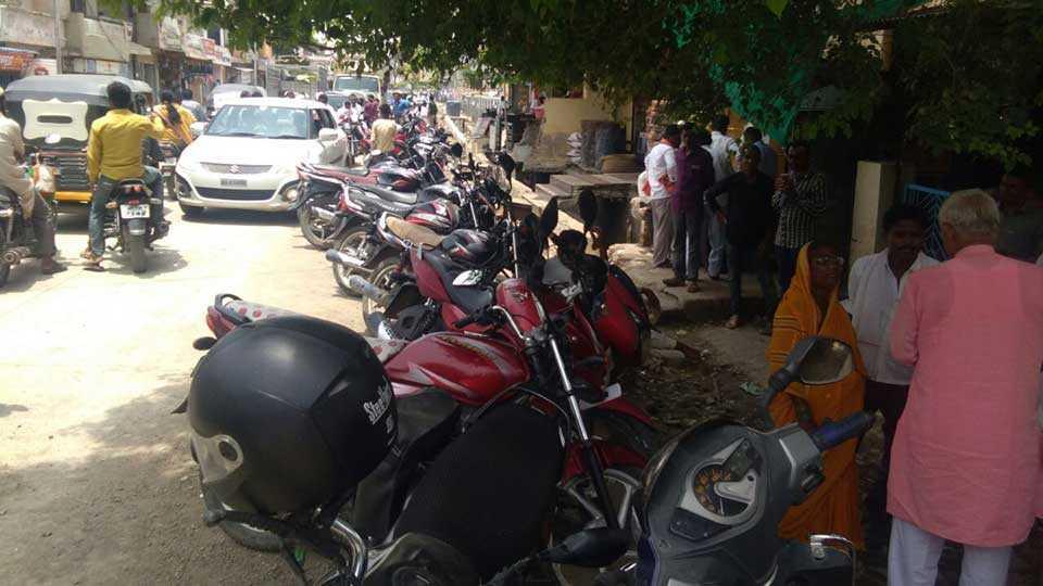 Need of parking near the secondary registrar office