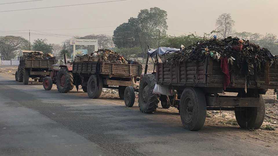 marathi news aurangabad garbage corporation midc garbage truck