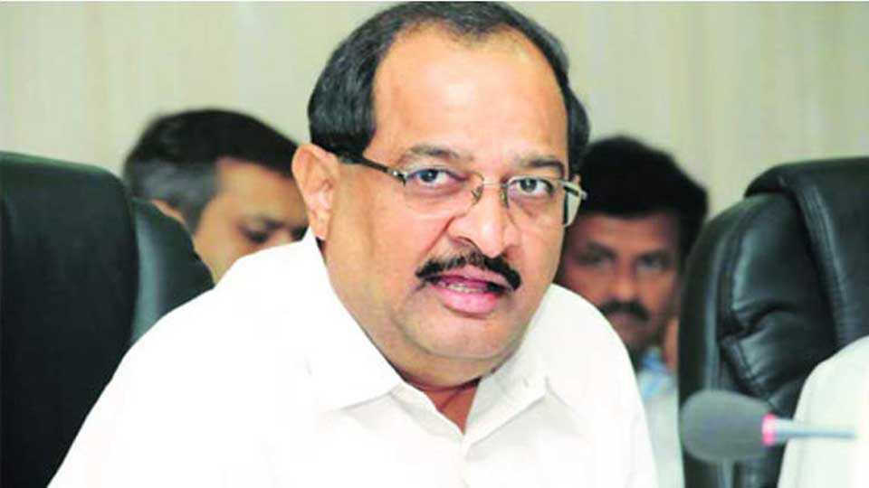 Radha Krishna Vikhe Patil criticizes BJP government