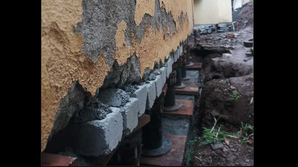 Pune House Lifting