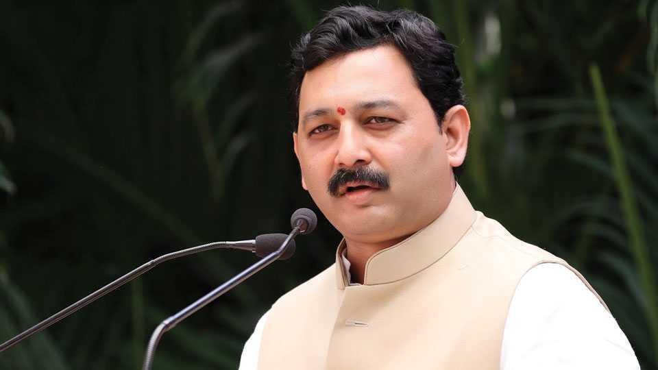 Sakal news Sambhajiraje Chhatrapati