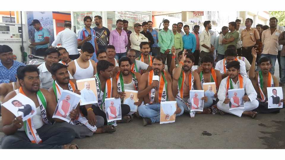 NCPs movement to protest against the rise in fuel prices in Aurangabad