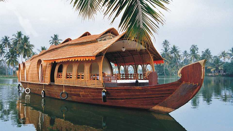 There is no one to run one crore house boat in Konkan