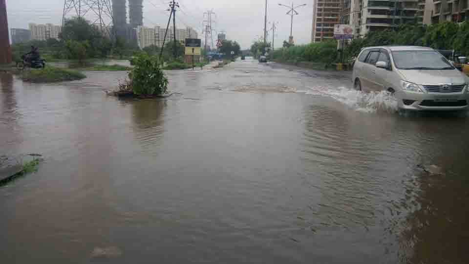 There is plenty of water on the road at Kharghar