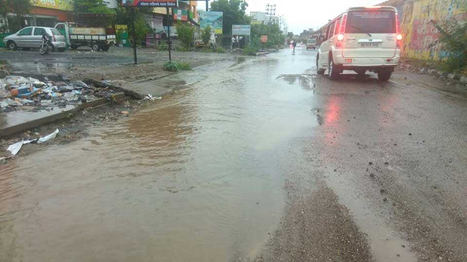 Heavy rain in Bhigwan