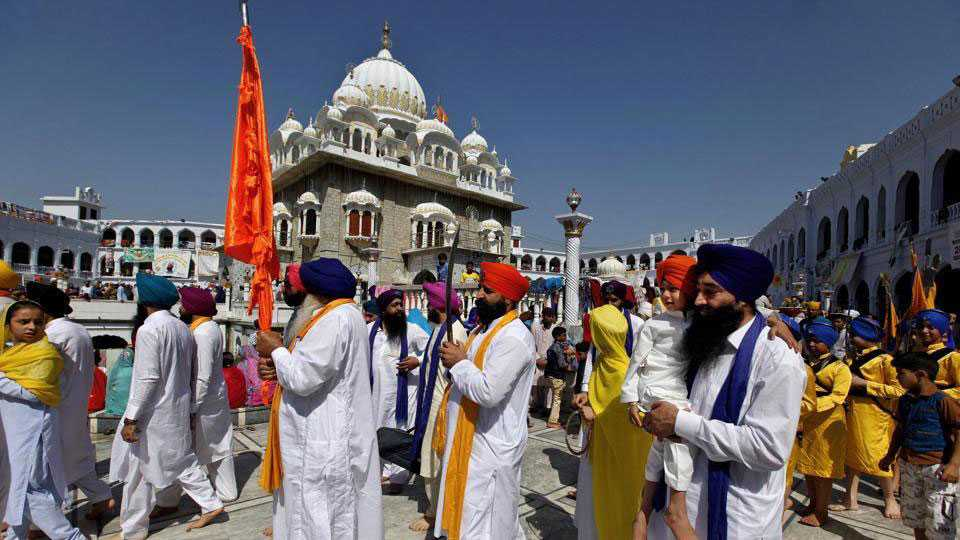 India lodges protest after Pakistan blocks consular access to Sikh pilgrims