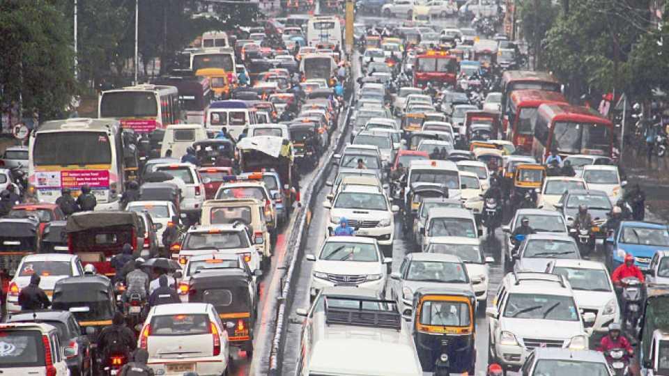 file photo of Traffic on Karve Road Pune