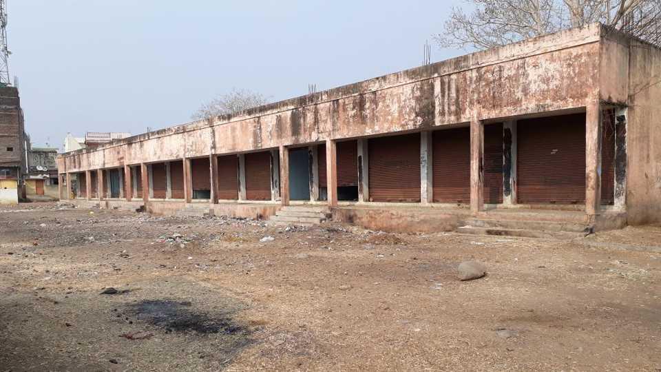 marathi news vardha shivaji market illegal auction