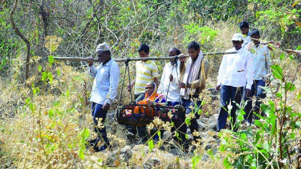marathi news western news karhad village no road available