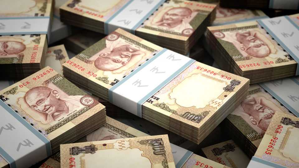 Sixty million of old notes seized in South Mumbai