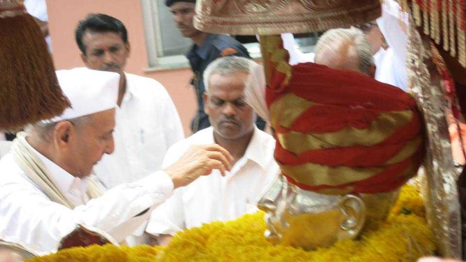 Gajanan Maharaj palkhi