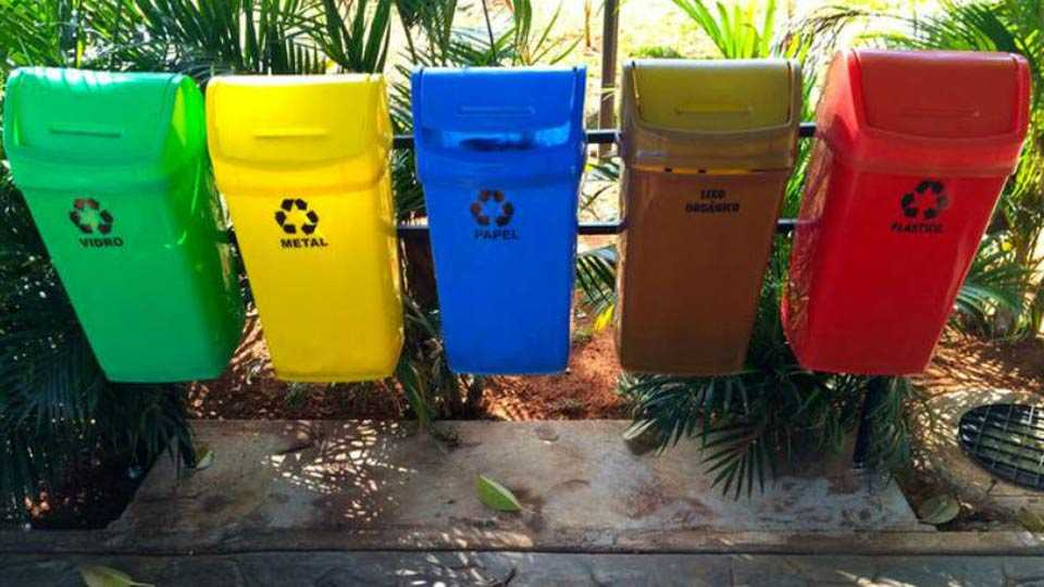 Garbage bucket