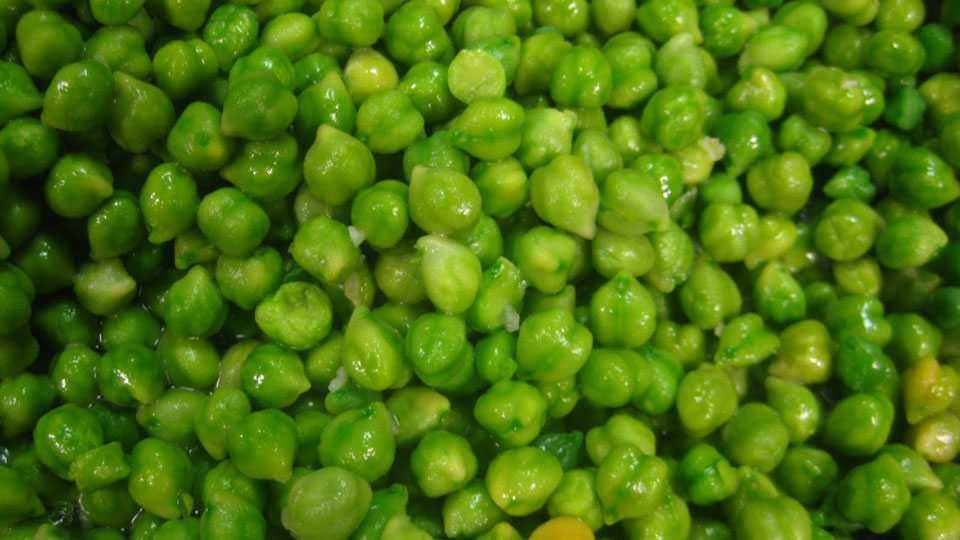 green-chick-peas