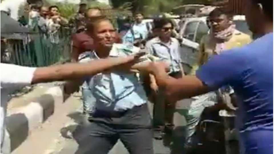 IAF officer assaulted in Delhi's Sangam Vihar