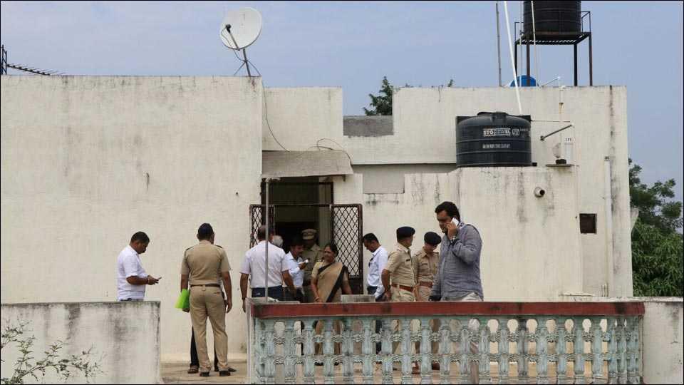 जळगावः कुष्ठरोग विभाग सहसंचालक असलेल्या डॉक्टरचा संशयास्पद मृत्यू