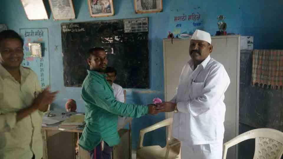 Jogalwadi school gets a teacher