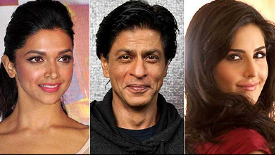 king khan romance with 2 actress