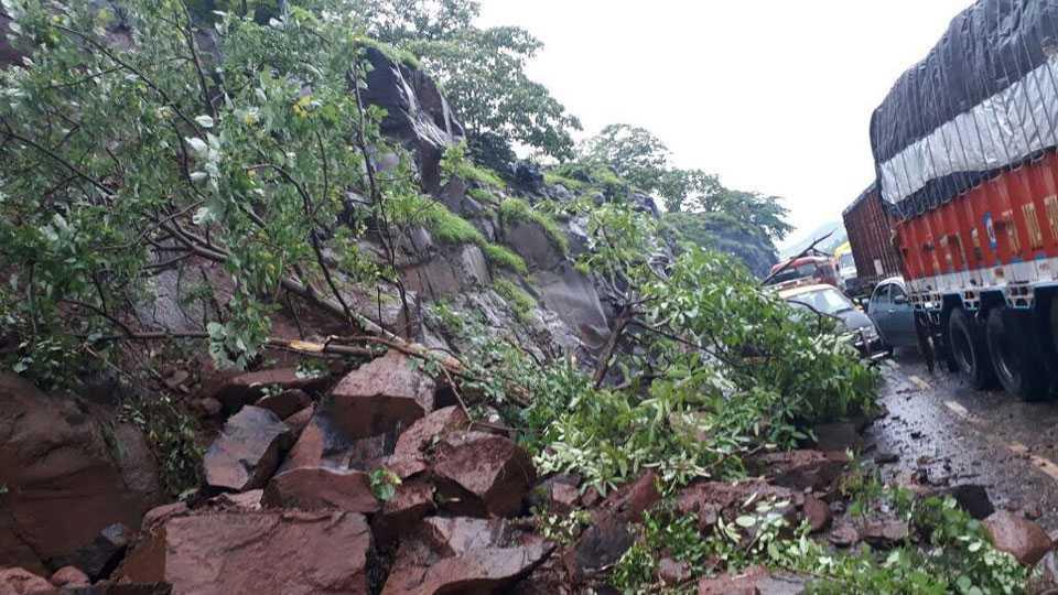 landslide in kasara ghat