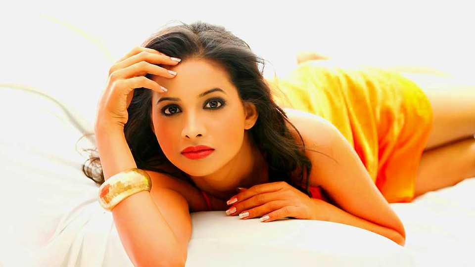 Mayuri wagh in Love lagn lochya esakal news