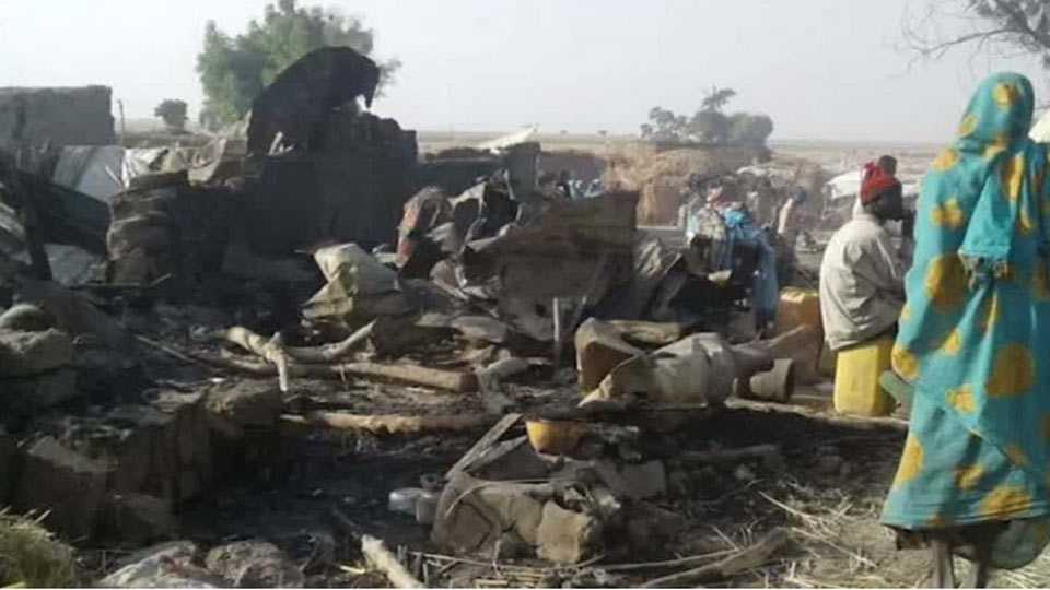 Nigerian air force bombs refugee camp, more than 100 dead
